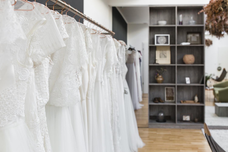 92e5842c62 Daalarna - Benes Anita divattervező egyedi tervezésű esküvői és ...