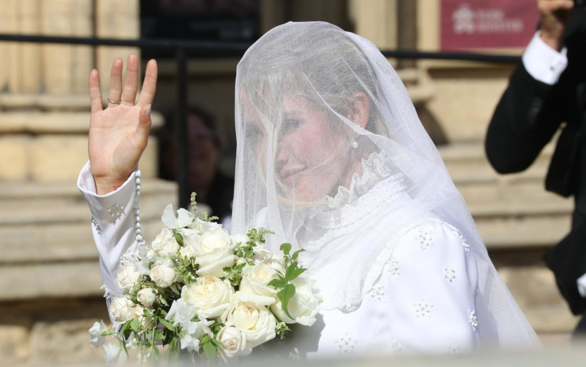 Just Married All About Ellie Goulding S Wedding Secret Stories